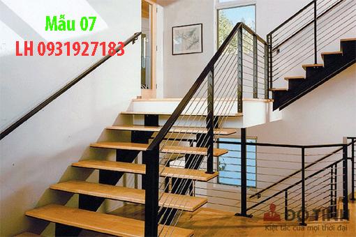 Mẫu  cầu thang sắt đẹp tại Đà Nẵng
