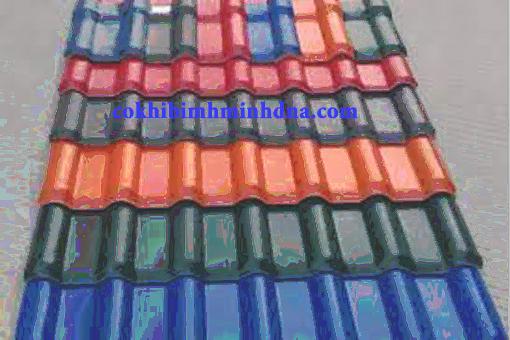 Thi công lắp đặt mái tôn nhựa tại Đà Nẵng